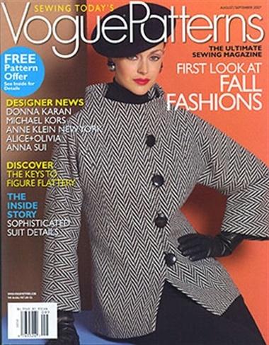 Vogue Patterns omslag